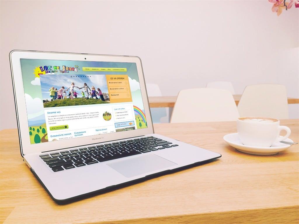 Realizare site web pentru loc de joacă copii